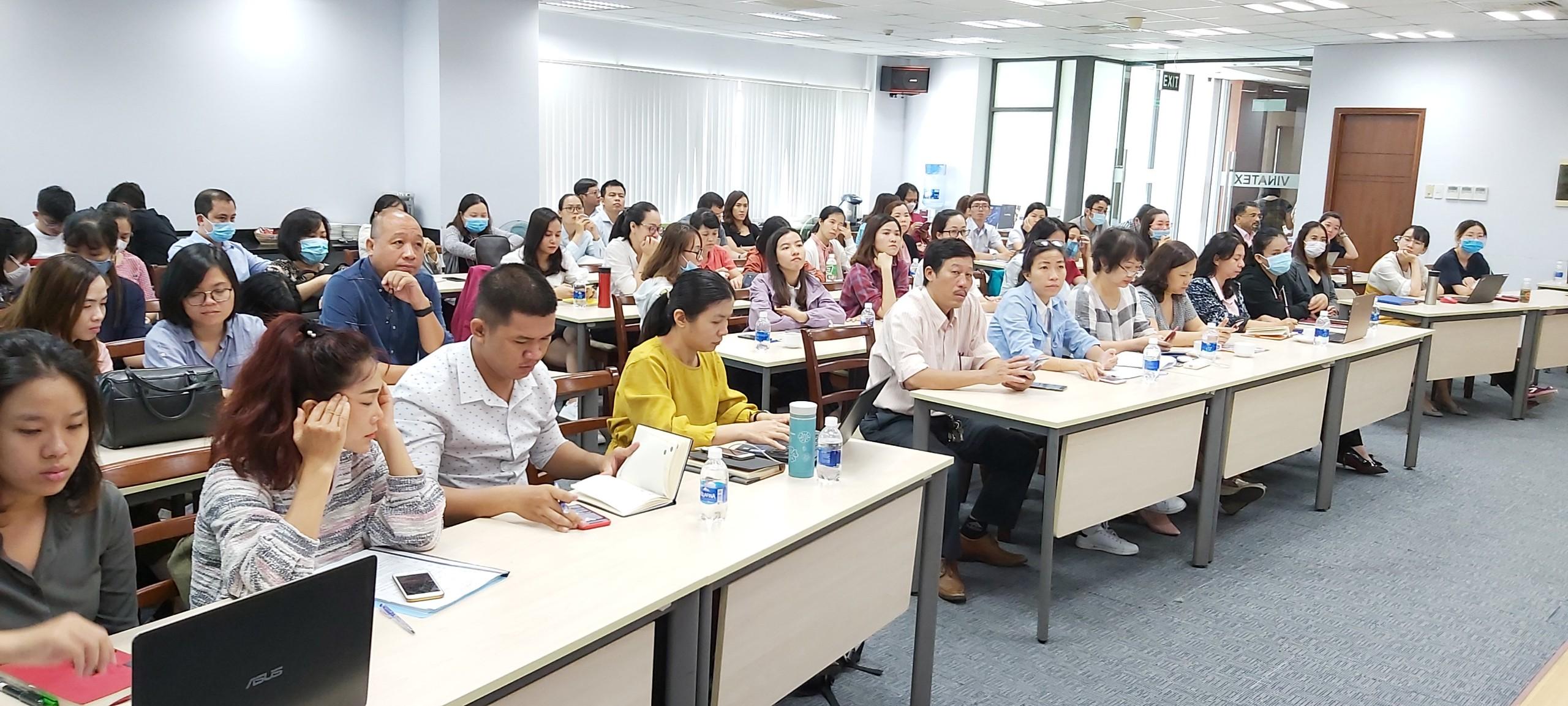 Hơn 70 người tham gia lớp tập huấn về quy tắc xuất xứ trong Hiệp định EVFTA