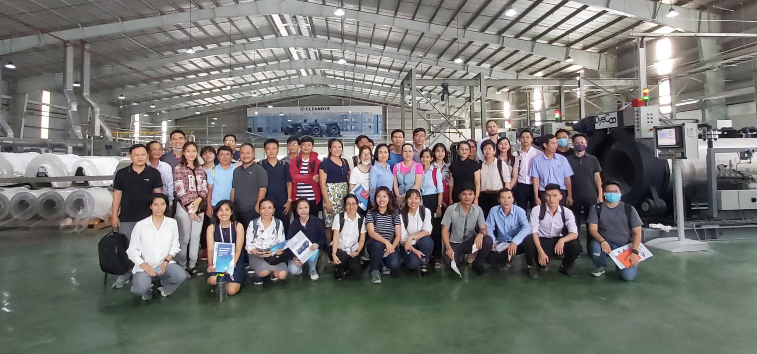 Lớp tập huấn kỹ thuật dệt nhuộm và tiết kiệm nước được tổ chức tại TP. HCM