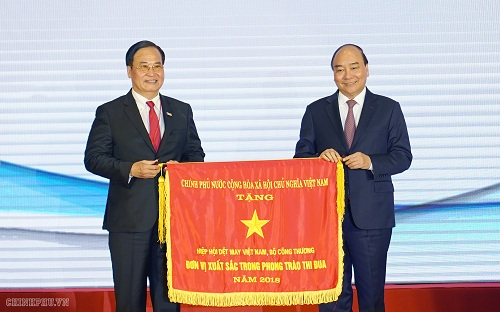 Prime Minister Nguyen Xuan Phuc attended the 20th founding anniversary of VITAS