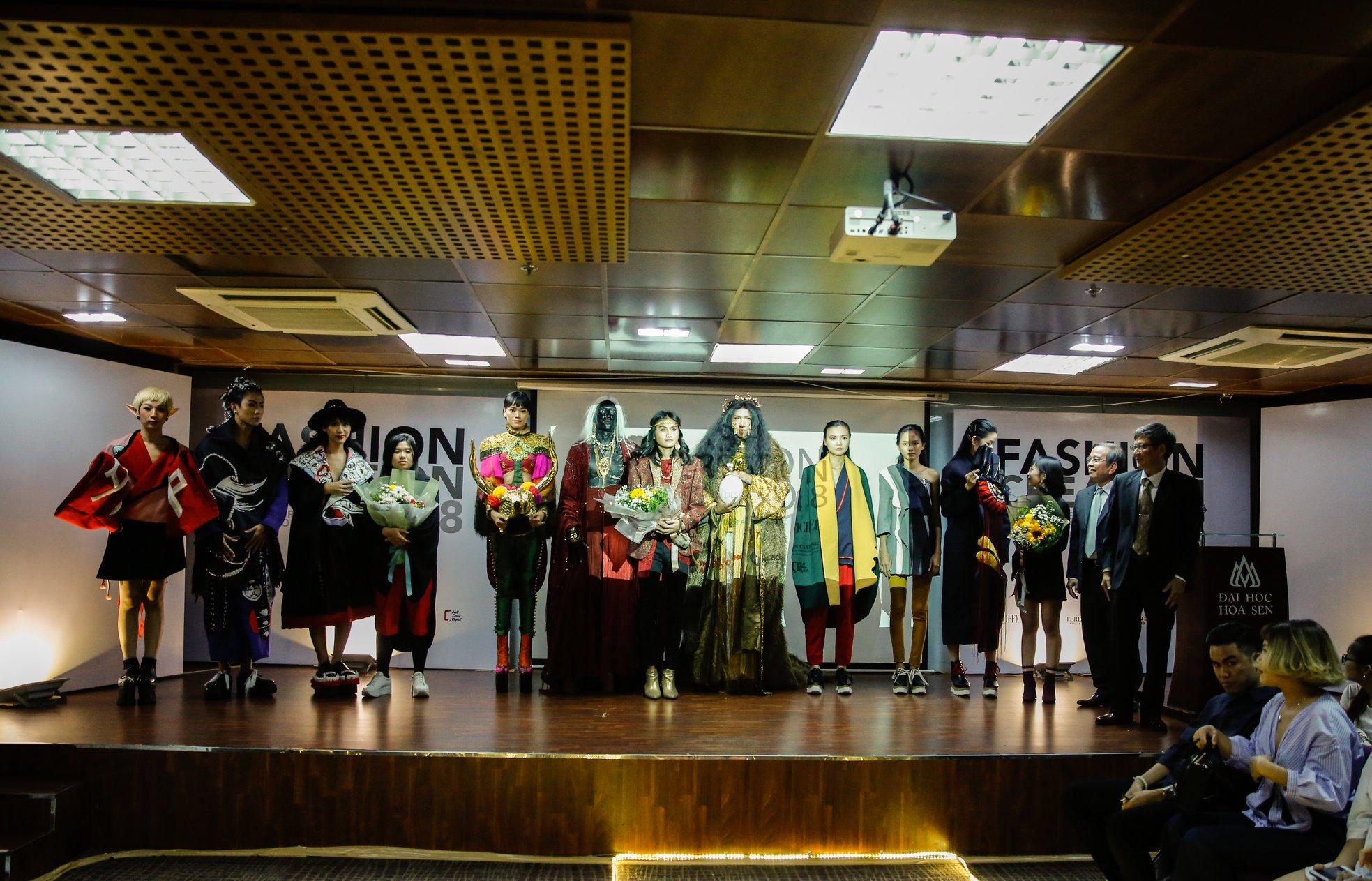 Mãn nhãn với đồ án tốt nghiệp của sinh viên Hoa Sen tại Fashion Creation 2018