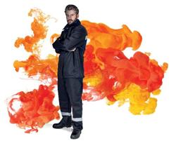 Nhãn hàng Cordura và Carington giới thiệu vải chậm cháy