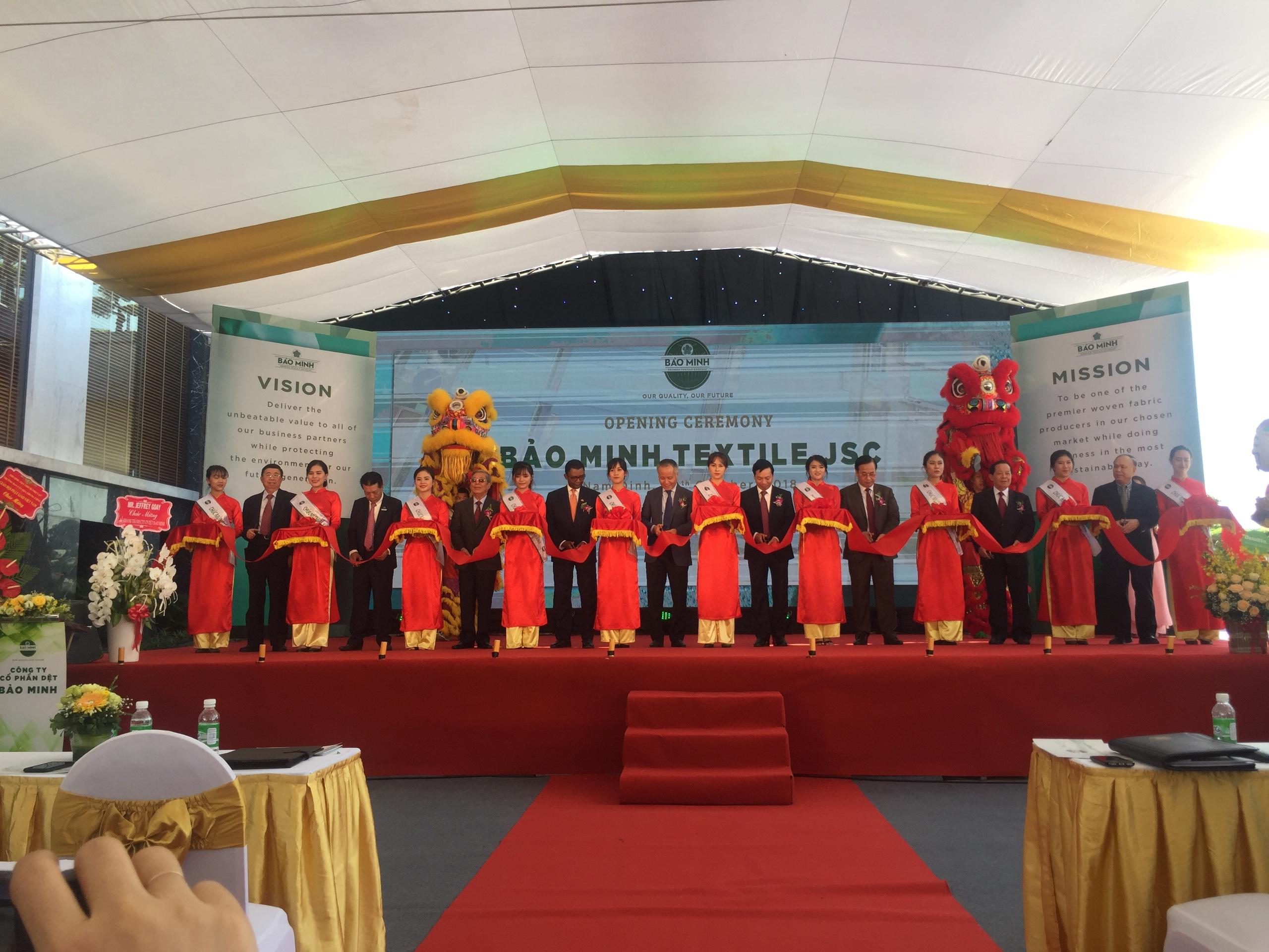 Lễ khánh thành nhà máy Dệt Bảo Minh...