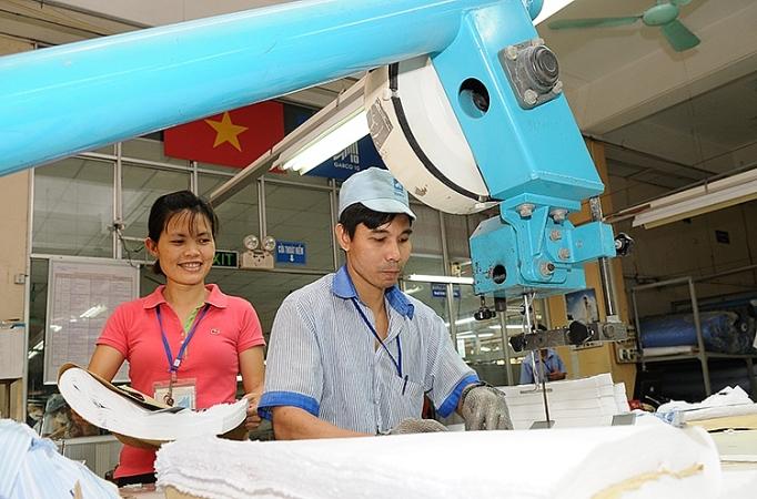 Dệt may Việt Nam: Chuyển đổi kịp thời trước xu thế 4.0