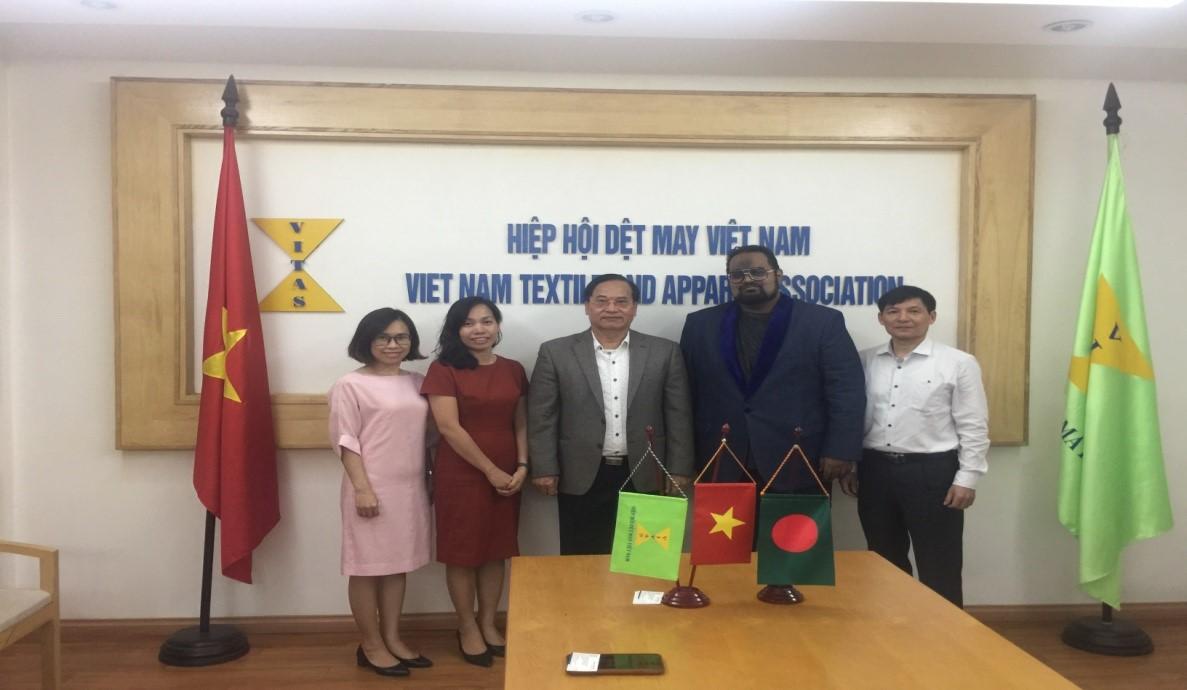 Lãnh đạo VITAS tiếp Chủ tịch Hiệp hội các nhà sản xuất dệt Bangladesh