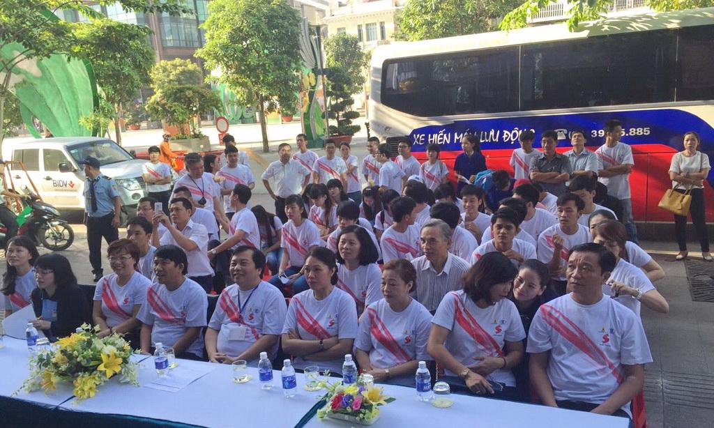 """Ngày hội hiến máu tình nguyện """"Kết nối yêu thương"""" 29/12/2015"""