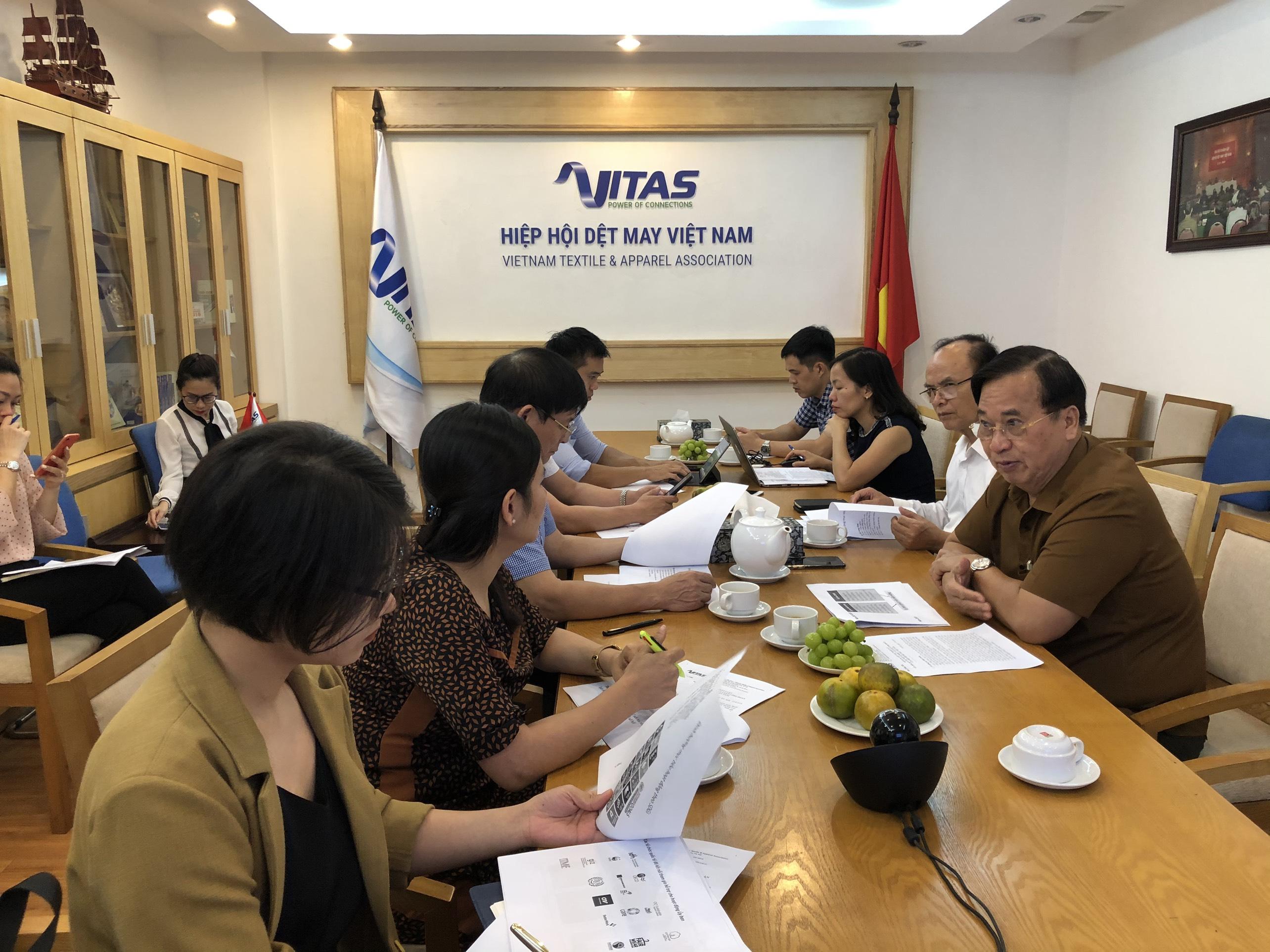 Phiên họp thành viên nòng cốt Ủy ban phát triển bền vững VITAS