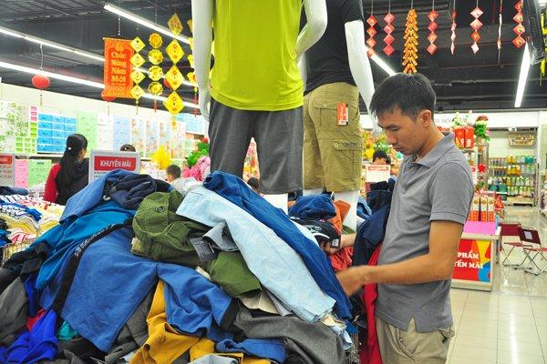 Doanh nghiệp dệt may được dời việc dán nhãn hợp quy