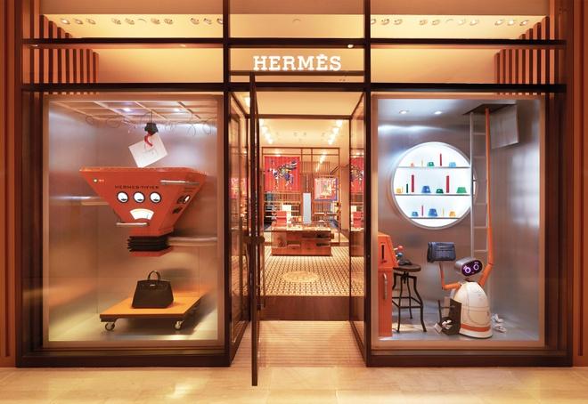 Hermès thu về 2,7 triệu USD trong ngày đầu mở bán lại tại Trung Quốc