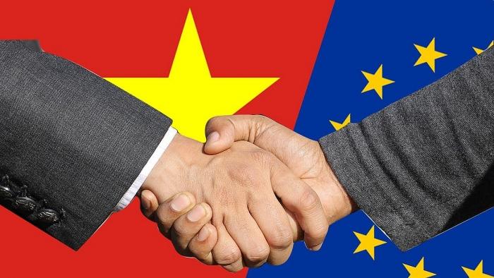 Lộ trình cắt giảm thuế hàng dệt may của Việt Nam và EU theo EVFTA