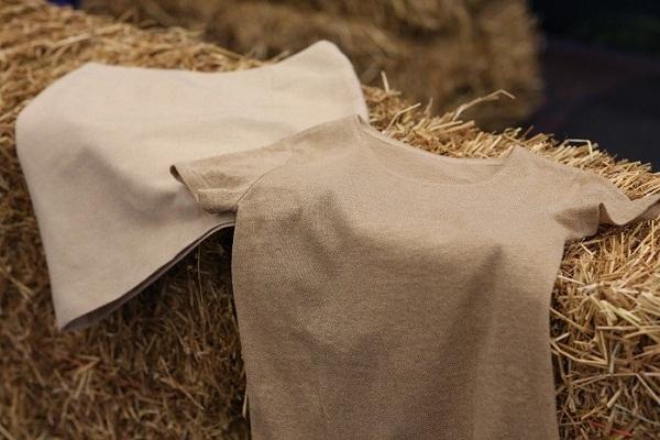 Ra mắt quần áo làm từ rơm lúa mì