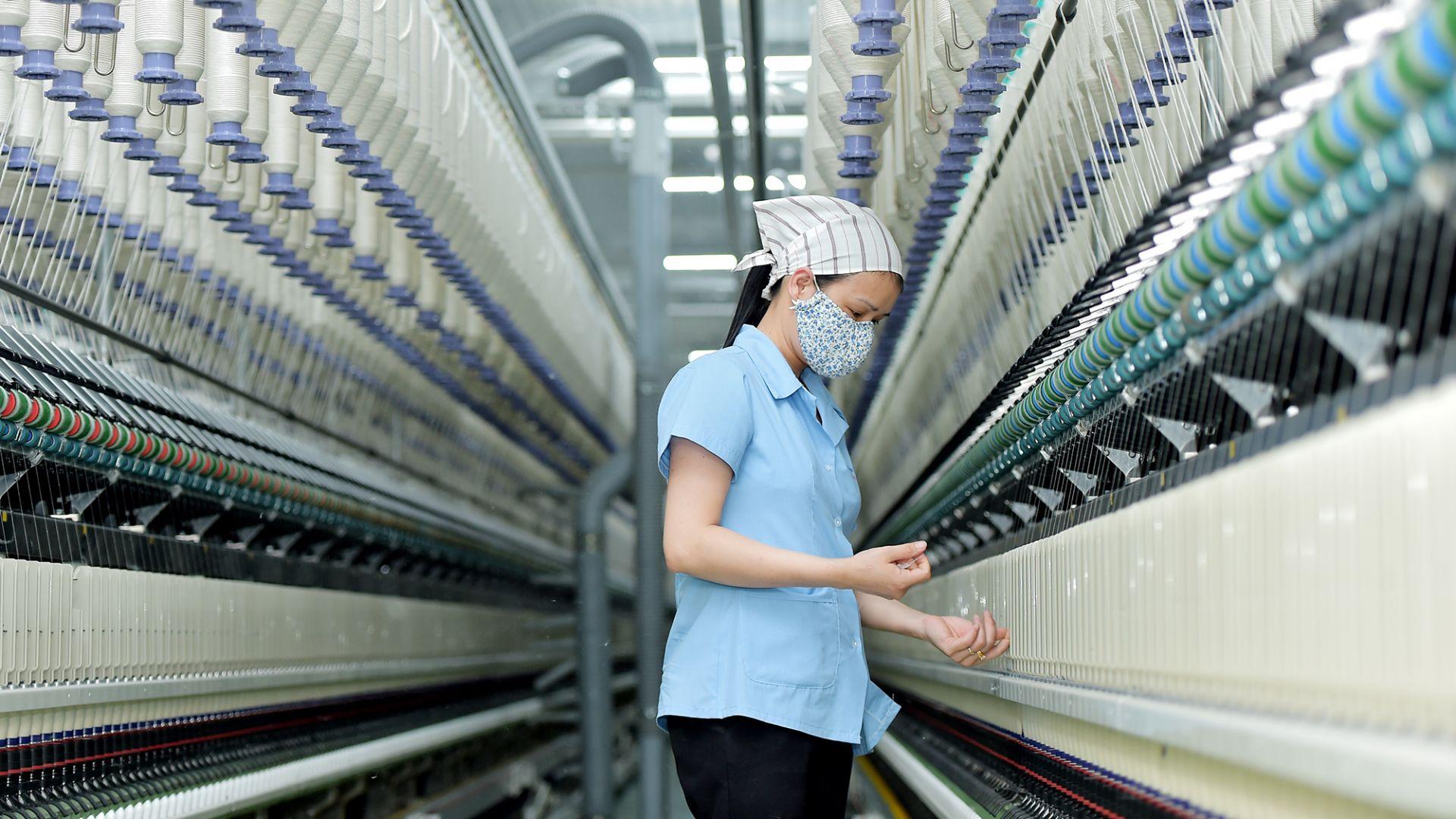 Sợi filament Trung Quốc, Ấn Độ, Indonesia, Malaysia bán phá giá vào Việt Nam